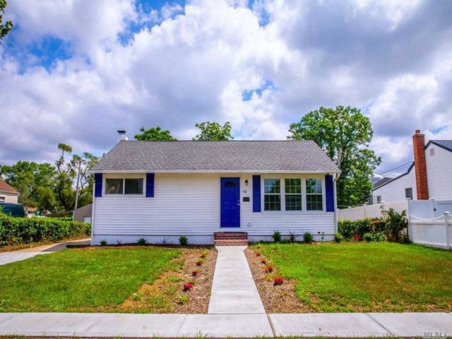 [Amityville Real Estate, listing number 3117516]