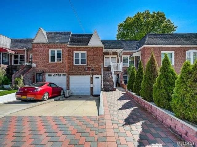 2 BR,  3.00 BTH Colonial style home in Queens Village