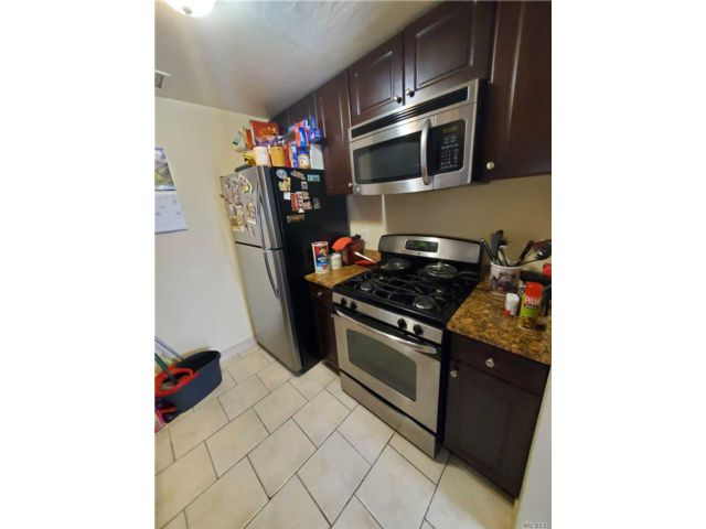 2 BR,  2.00 BTH Other style home in Briarwood
