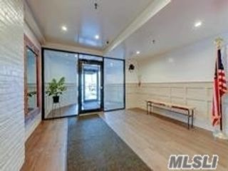 2 BR,  2.00 BTH Other style home in Richmond Hill