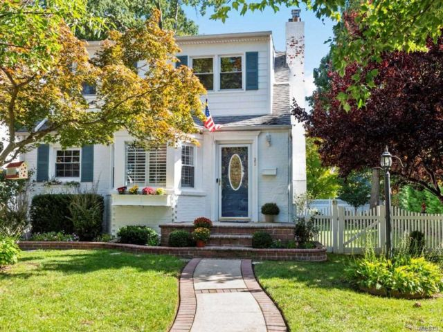 [Malverne Real Estate, listing number 3117696]