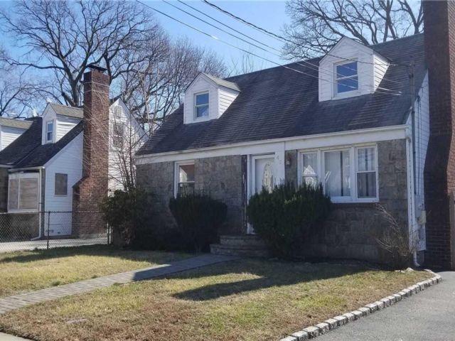 [Roosevelt Real Estate, listing number 3117749]