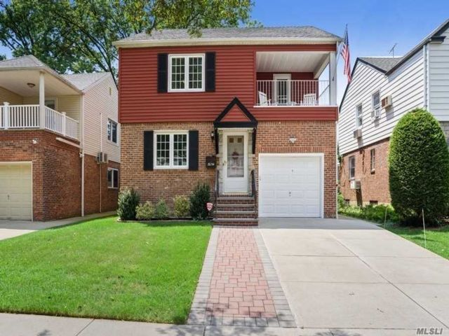 3 BR,  2.00 BTH Colonial style home in Hollis Hills