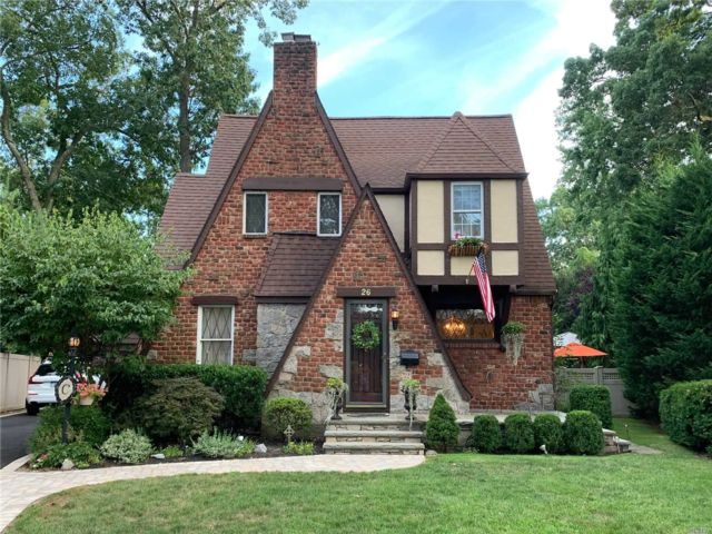 [Merrick Real Estate, listing number 3117892]