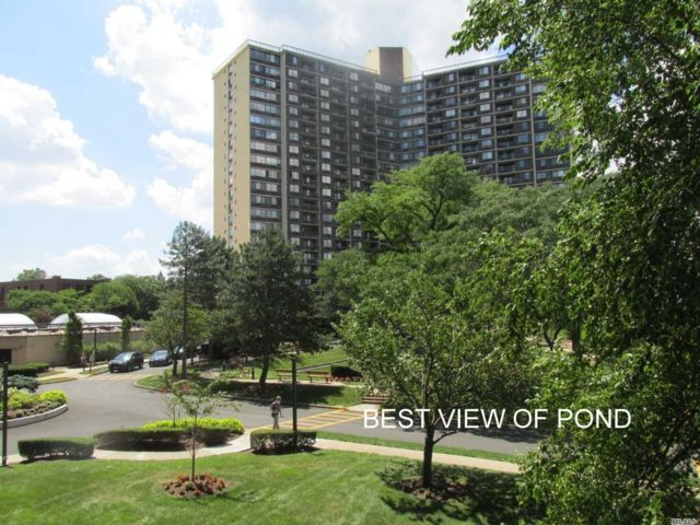 3 BR,  2.00 BTH High rise style home in Bayside