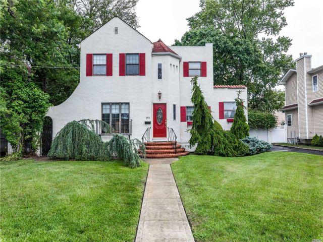 [Merrick Real Estate, listing number 3118086]