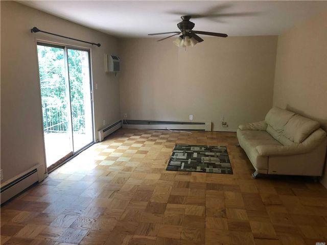 [Hauppauge Real Estate, listing number 3118272]