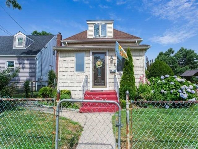[Valley Stream Real Estate, listing number 3118283]