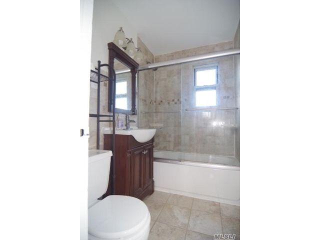 [Flushing Real Estate, listing number 3118284]