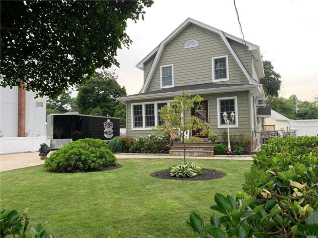 [Wantagh Real Estate, listing number 3118384]