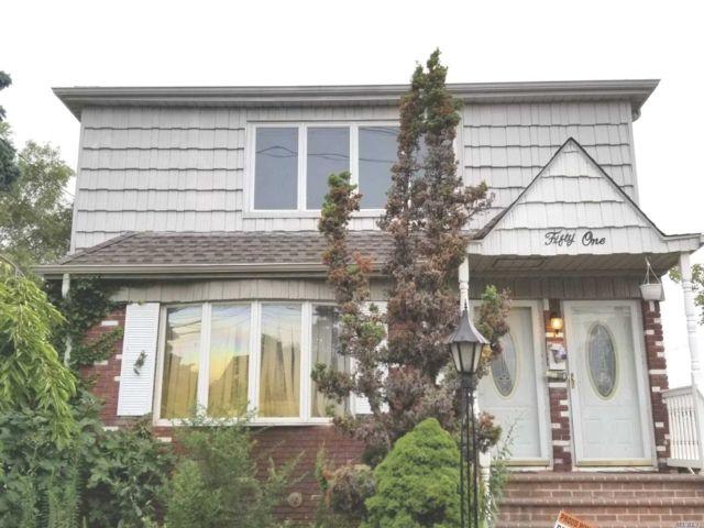 5 BR,  3.00 BTH Duplex style home in East Rockaway