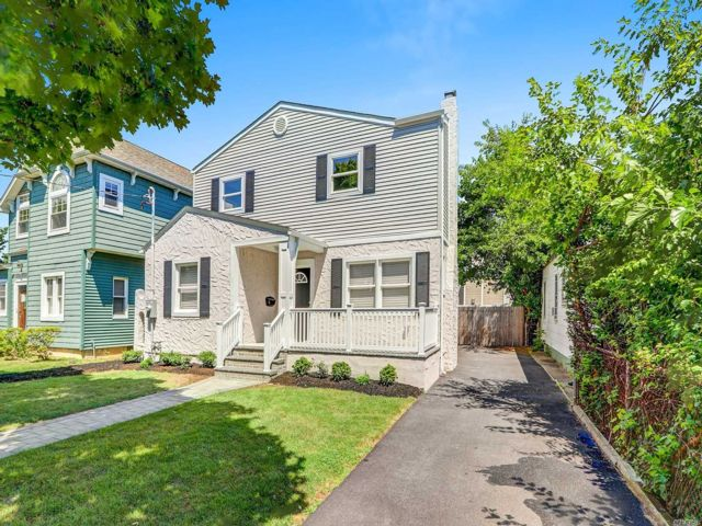 [Wantagh Real Estate, listing number 3118725]