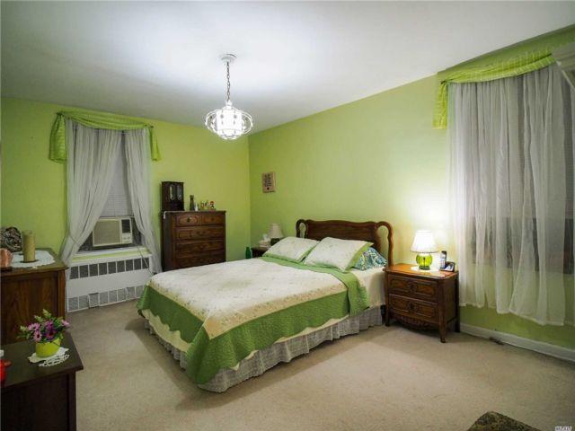 [Jackson Heights Real Estate, listing number 3139855]