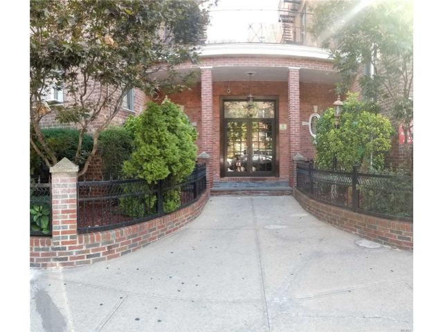 [Jackson Heights Real Estate, listing number 3139877]