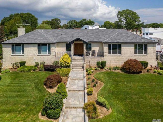 [Merrick Real Estate, listing number 3140310]