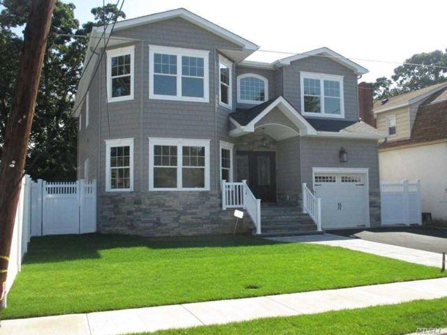 [Merrick Real Estate, listing number 3140444]