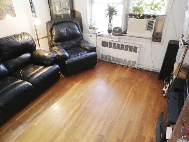 [Jackson Heights Real Estate, listing number 3140455]