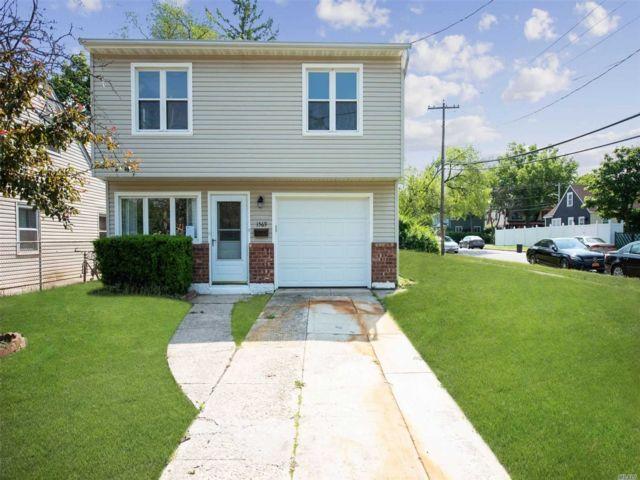 [Merrick Real Estate, listing number 3140700]