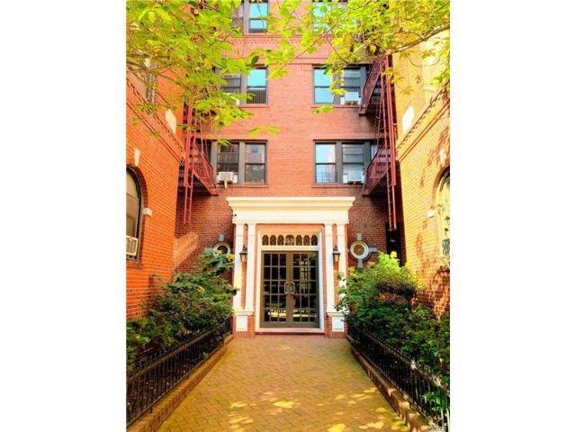 [Jackson Heights Real Estate, listing number 3140740]