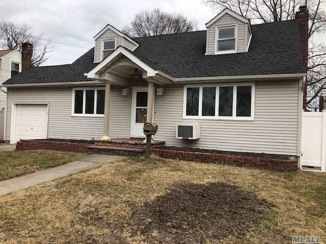 [East Meadow Real Estate, listing number 3140829]