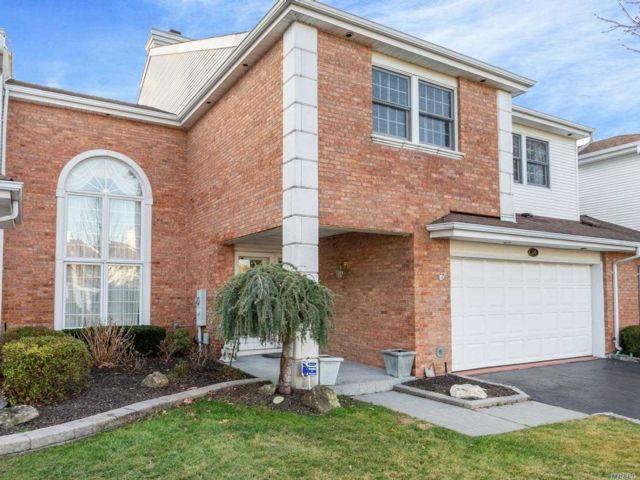 [Commack Real Estate, listing number 3141645]