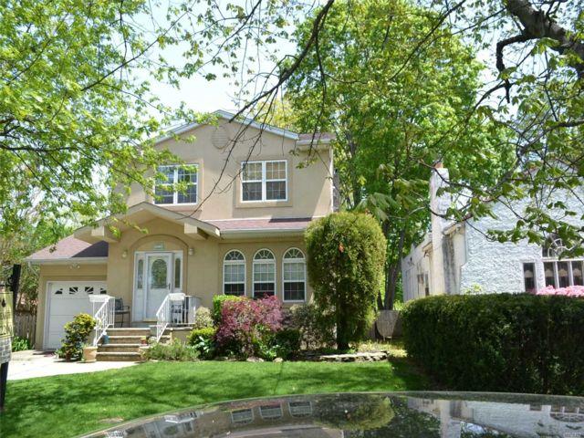 [Merrick Real Estate, listing number 3142044]