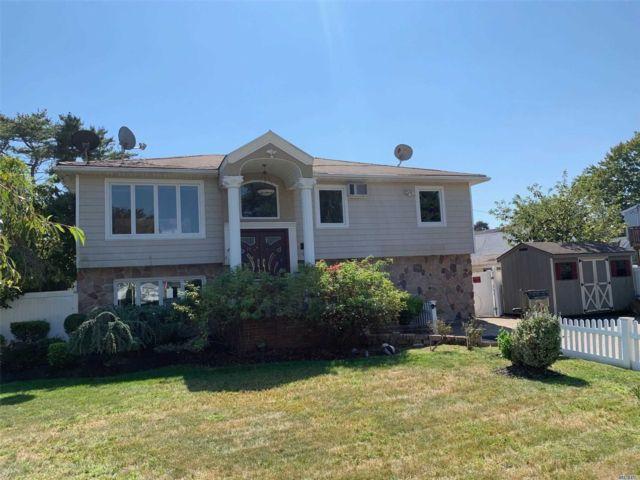 [Farmingdale Real Estate, listing number 3142056]