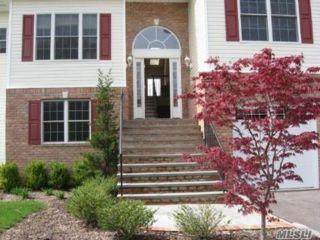 [Farmingdale Real Estate, listing number 3142281]