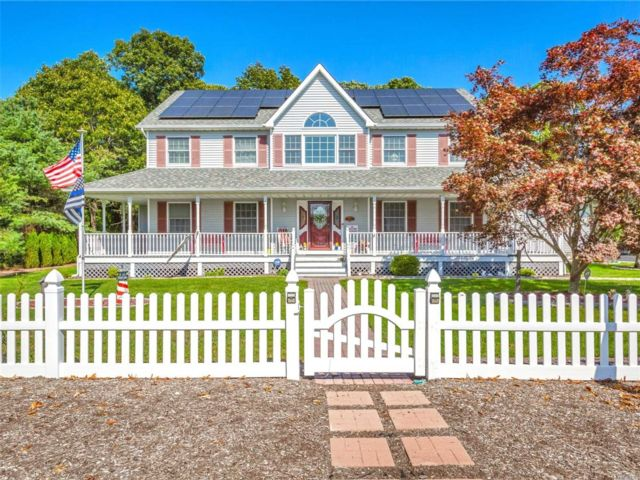 [East Moriches Real Estate, listing number 3142360]