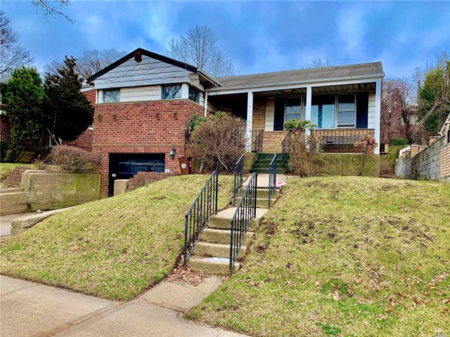3 BR,  2.00 BTH Ranch style home in Briarwood