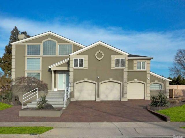 [Merrick Real Estate, listing number 3142610]