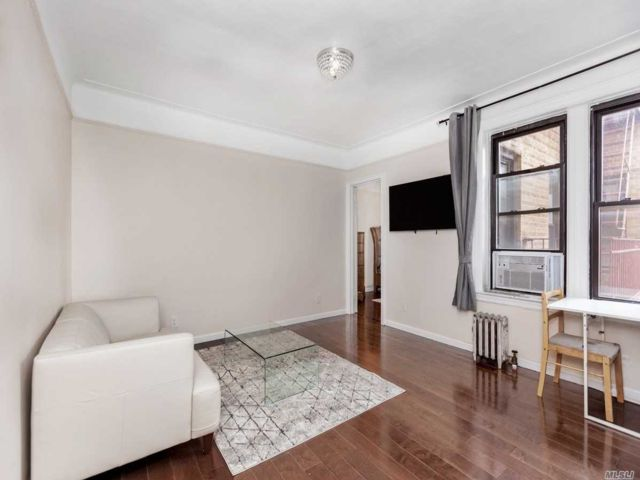 [Jackson Heights Real Estate, listing number 3142650]