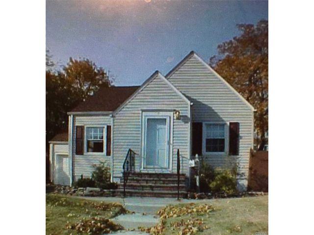 [Farmingdale Real Estate, listing number 3142822]