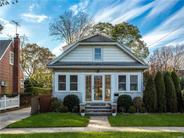 [Merrick Real Estate, listing number 3143038]