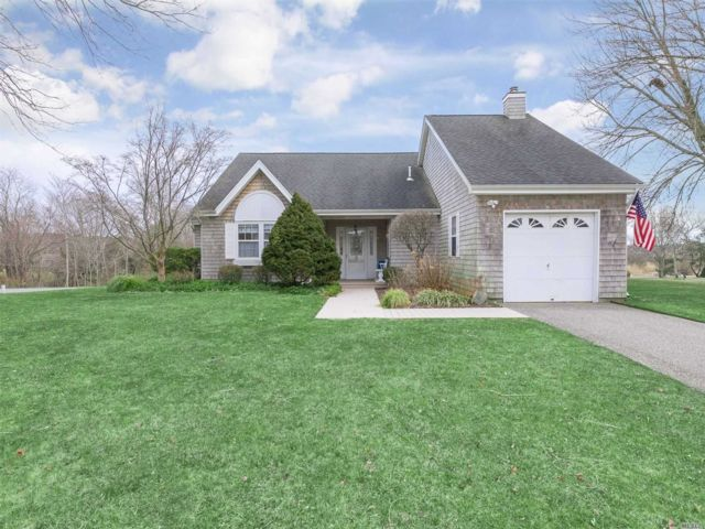 [East Moriches Real Estate, listing number 3143168]