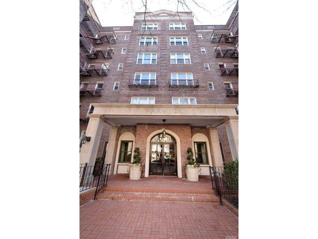 [Jackson Heights Real Estate, listing number 3143181]