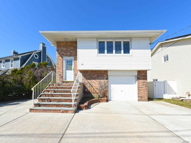 [East Meadow Real Estate, listing number 3143251]