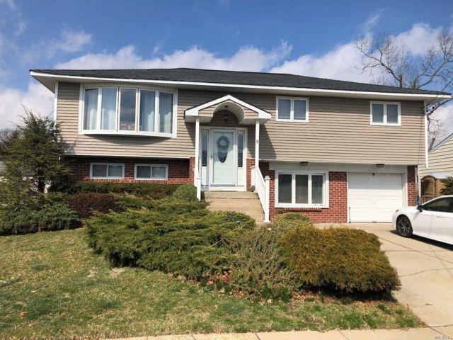 [Farmingdale Real Estate, listing number 3143292]