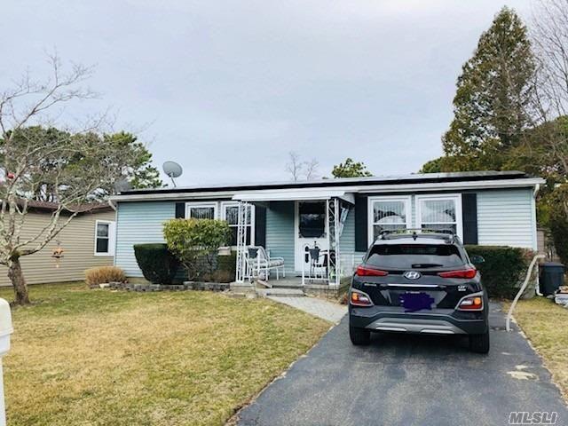[Manorville Real Estate, listing number 3143322]