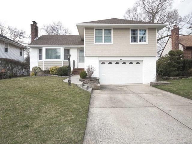 [Merrick Real Estate, listing number 3143563]