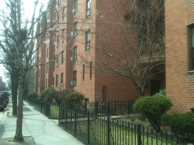 [Jackson Heights Real Estate, listing number 3143733]