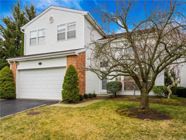 [Commack Real Estate, listing number 3143783]