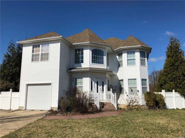[Farmingdale Real Estate, listing number 3143831]