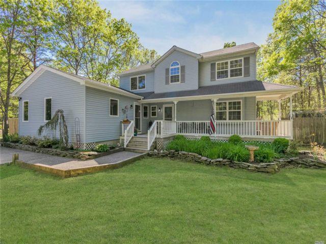 [Manorville Real Estate, listing number 3144358]