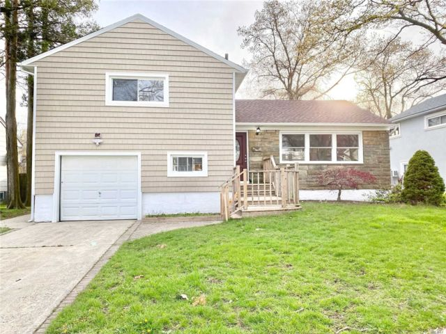 [East Meadow Real Estate, listing number 3144380]
