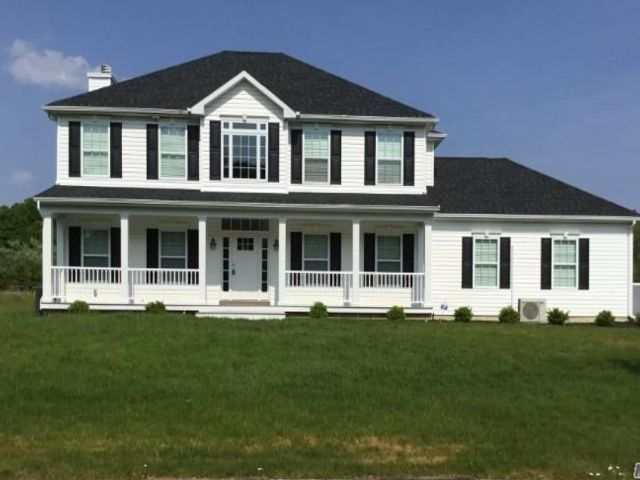 [Manorville Real Estate, listing number 3144397]