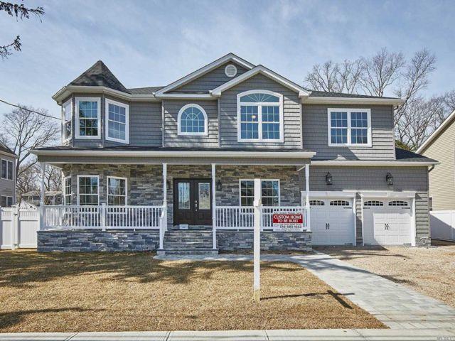 [Merrick Real Estate, listing number 3144535]