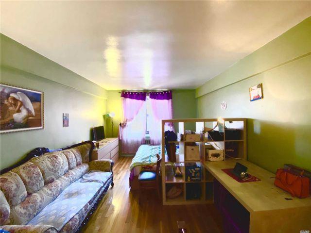 [Flushing Real Estate, listing number 3144693]