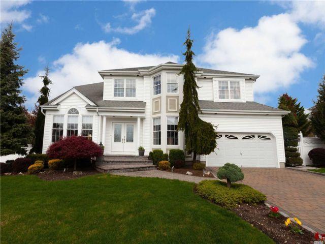 [Farmingdale Real Estate, listing number 3144695]