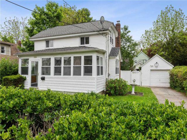 [Farmingdale Real Estate, listing number 3145971]